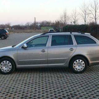 SKODA OCTAVIA GREENLINE BUSINESS EDITION COMBI