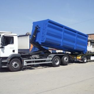 Inchiriez Camion Abroll-Kipper si containere